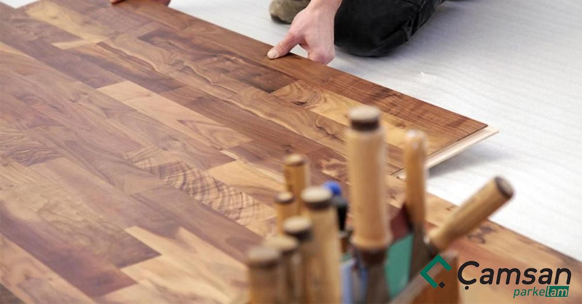 sàn gỗ công nghiệp bị kêu