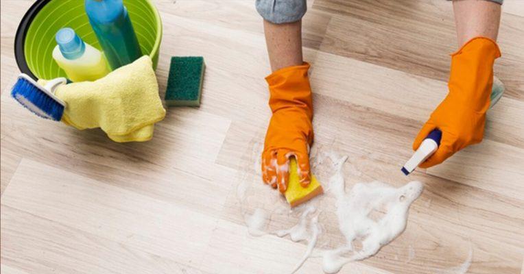 cách tẩy sơn PU trên sàn gỗ